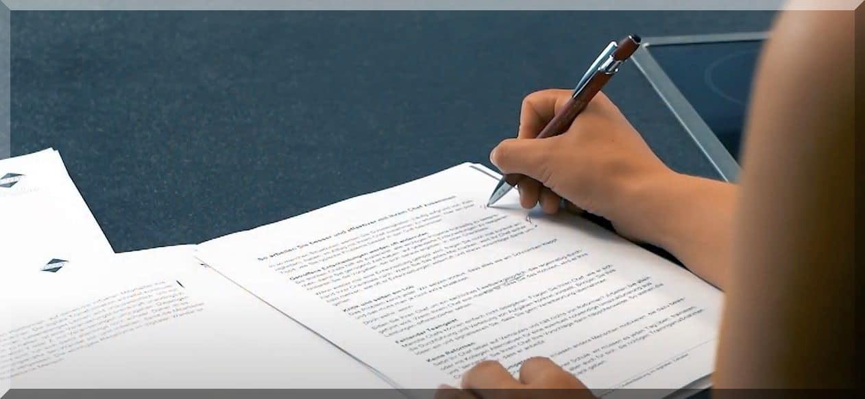 Die Vertragsgestaltung (deal documentation)